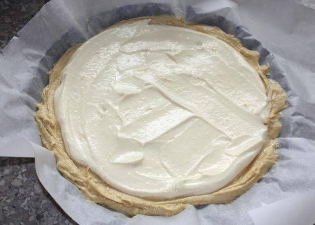Slivkový koláč s tvarohom - recept postup 4
