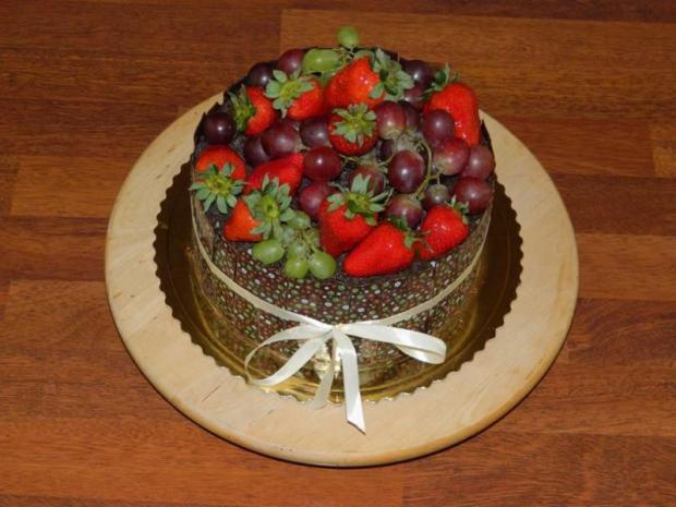 Čokoládková s ovocím 1