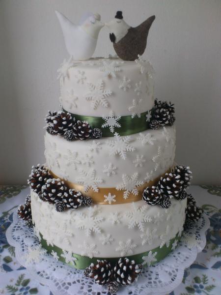 Zimná svadobná torta 1