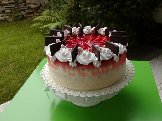 Jahodová torta s pribináčkovým a mascarpone krémom - recept postup 2