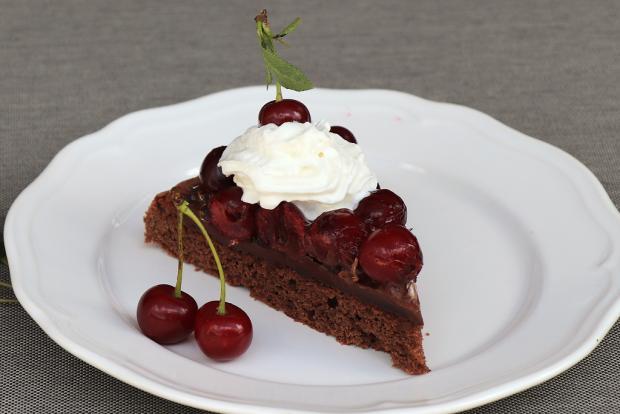 Čokoládová tortička s višňami - recept postup 2