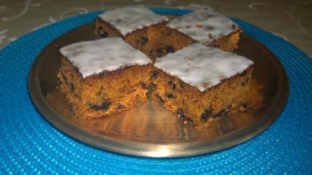 Mrkvovo čučoriedkový koláč