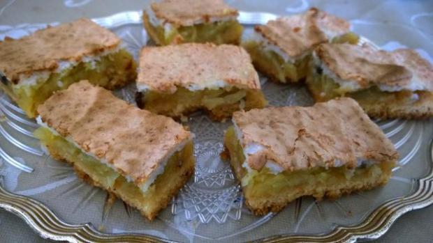Jablkový koláč s kokosovou perinou - recept