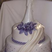 Torta Svadobná  vo fialovom