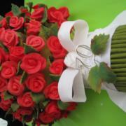 Torta Kytica 70-tich ruží