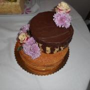Torta Nahá torta so živými kvietkami