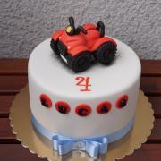 Torta S červenou štvorkolkou