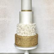 Torta Svadobná bielo zlatá..