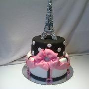 Torta Tortička pre dve 10 ročne dievčatka s Eiffelovkou