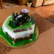 Torta s traktorom