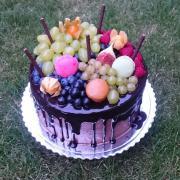 Torta Čokoladová tortička s ovocím