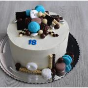 Torta Narodeninová biela ganáž a čoko ozdoby