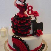 Torta Na želanie s tanečnicou flamengo a býkom