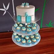 Torta krstinová s cupcakes