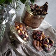 Torta čokoládové kolieska s orieškami a sušeným ovocim