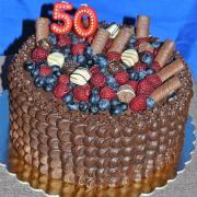 Torta krémová s ovocím