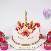 Torta Unicorn s krémovými kvetinkami