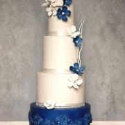 Torta Svadobná vo farbe royal blue