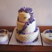 Torta svatební sada s fialkami