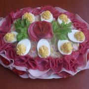Torta obložená misa