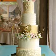 Torta Svadobná s krémom swiss meringue