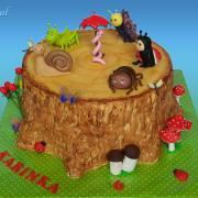 Torta drobný obyvatelia lesa pre Karinku