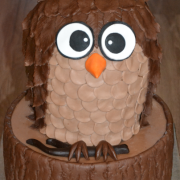 Torta sova na pníku
