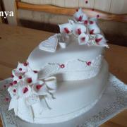 Torta BIELO - ČERVENKASTÁ