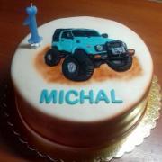 Torta torta s jeepom