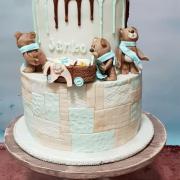 Torta Ako tri medvede niesli výbavičku pre bábätko:)