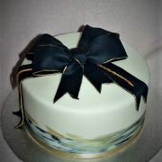 Torta S mašľou