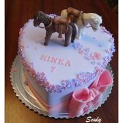 Torta S koníkmi