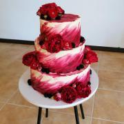 Torta Svadobná cyklaménová mascarpone torta, ruže, anglické ruže, černice
