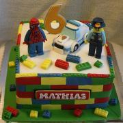 Torta Legová s policajtom a spidermanom
