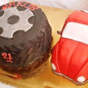 Torta Autíčko a pneumatika...