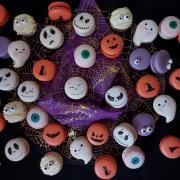 Torta Halloweenske makronky