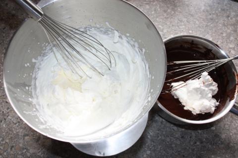 Čokoládovo jahodová torta bez múky - recept postup 7