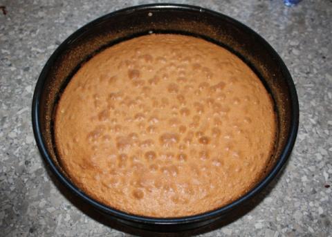 Smotanová torta s jahodami - recept postup 2