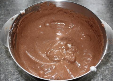 Fantastická čokoládovo - ovocná torta bez múky - recept postup 2
