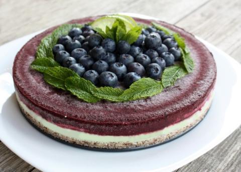 RAW čučoriedková torta - recept postup 12