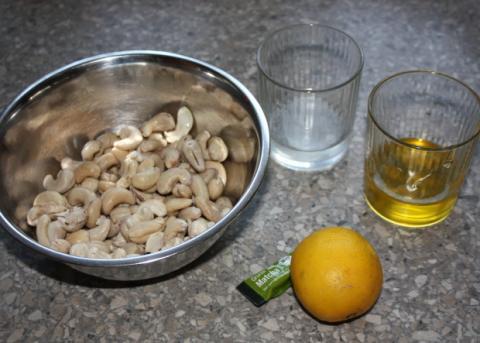 RAW čučoriedková torta - recept postup 5