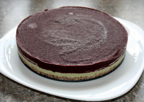 RAW čučoriedková torta - recept postup 11