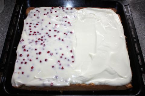 Ríbezľovo tvarohový koláč - recept postup 6