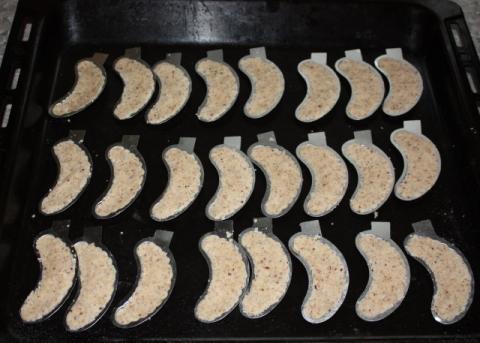 Orechové rožky - recept postup 4