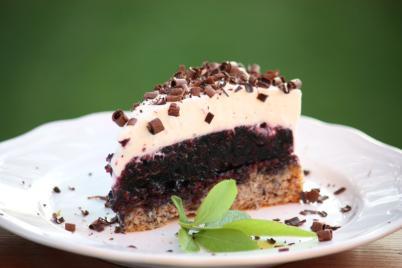 Čučoriedkovo - smotanová tortička - recept
