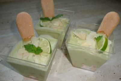 Raw krém z avokáda, limetky a kokosu - recept