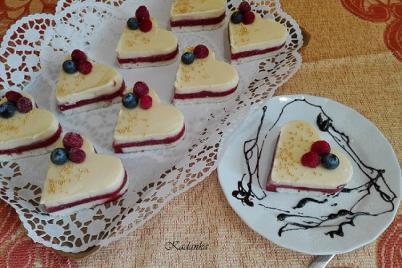 Jahodové srdiečka s vanilkovým krémom - recept