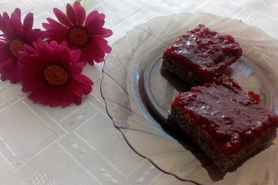 Bezlepkový makovo-višňový koláč  - recept