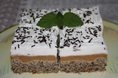 Obrátený makový koláč s jablkami - recept
