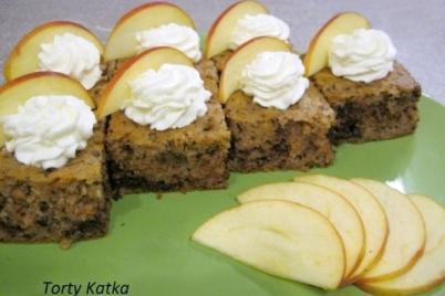Jablkový koláč s rumom - recept